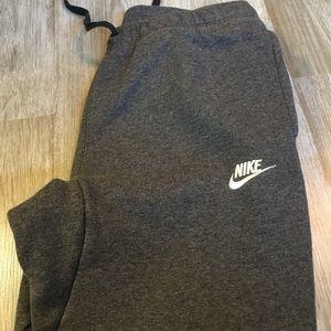 Men's Nike Classic Fit Sweatpants